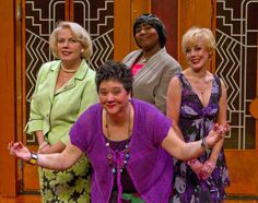 'Menopause the Musical': Hit show resonates with female audience - El Paso Times