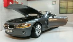 G lgb 1:24 scale bmw z4 convertible #cabrio #burago very #detailed model 22002,  View more on the LINK: http://www.zeppy.io/product/gb/2/272092453763/
