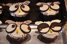 wowl cupcakes.  like the one with eyes half open too