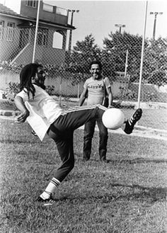 Santos Football Club - Brazil - Bob Marley.