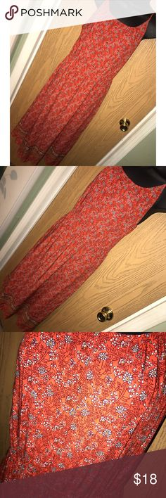 """Orange floral maxi dress Super pretty multi orange floral print maxi dress.   ❗️Please no low ball offers.❗️ ❗️Bundles always get a discount.❗️ Please check measurements before purchasing.  Condition: Great, used  Measurements- Armpit to armpit: 20"""" Total length: approximately 47"""" Elastic waist.   Smoke free home but I have a small dog.  Thanks for checking out my closet! ❤️ Old Navy Dresses"""