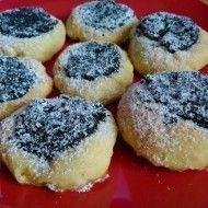 Fotografie receptu: Nekynuté šlehačkové koláčky - My site Czech Desserts, Biscuit Cookies, Christmas Sweets, Sweet Recipes, Biscuits, Cheesecake, Food And Drink, Homemade, Baking