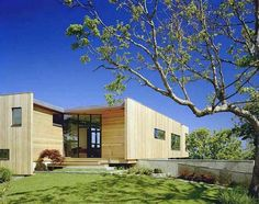 House Tour Cutler Residence in New YorkDesignRulz5 March 2011Designed by Murdock Young Architects, the Cutler Residence is a beautiful house is located in Block Island Sound, surrounded on ... Architecture Check more at http://rusticnordic.com/house-tour-cutler-residence-in-new-york/