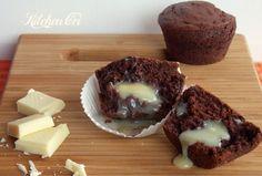 muffin al cacao con cuore di cioccolato bianco, una ricetta golosa facile e veloce per addolcire il risveglio, la giornata o la serata