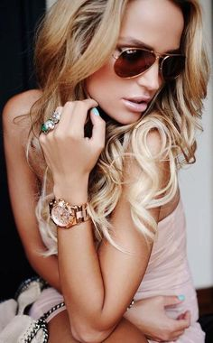 This Pin was discovered by Mary Whitworth. Discover (and save!) your own Pins on Pinterest. | See more about mint green nails, ray bans and sunglasses. | See more about mint green nails, ray bans and sunglasses. | See more about mint green nails, green nails and mint green.