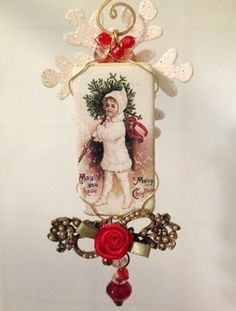 altered domino vintage style Christmas ornament handmade domino art vintage brooch