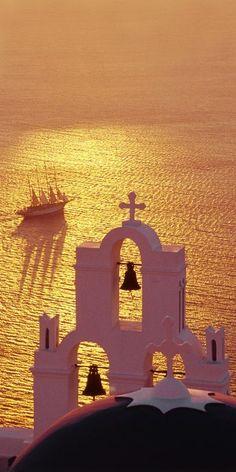 Oia, Santorinini, Greece