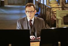 Person of Interest Bosses Preview Finch's Big Turn, Episode 100's Action Sequence Five Years in the Making | Sci-Fi Talk | Scoop.it