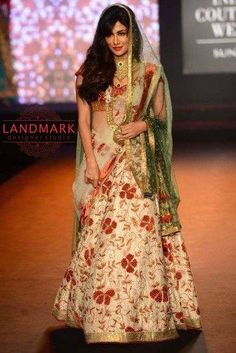 #Fashion #Runway is gleaming with #sparkle..!! #Landmarkdesignerstudio #Panchkula #Elante #Chandigarh #NorthCountryMall #Mohali