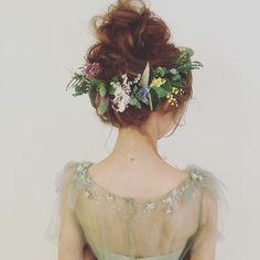 先輩花嫁さんのお花を使った髪型特集 | marry[マリー]