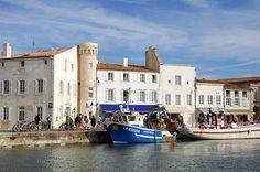 Relais & Châteaux - L'Hôtel de Toiras & Villa Clarisse. Hôtel et restaurant dans un village. France, Saint-Martin-de-Ré. #relaischateaux #toiras #ilederé