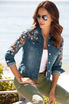Embellished Denim Jacket : Our classic denim jacket is an irresistible layering piece with intricately embroidered flowers and vines on the shoulders and sleeves that get a sparkling touch from clear fa Embellished Jeans, Embroidered Jeans, Embroidered Flowers, Denim And Lace, Denim Outfit, Denim Fashion, Trending Outfits, Boston Proper, Vines