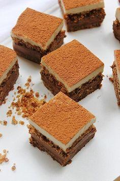 Choctober Fest - raw paleo tiramisu with chocOlate cacao & cashew creams Raw Vegan Desserts, Paleo Sweets, Raw Vegan Recipes, Paleo Dessert, Healthy Desserts, Dessert Recipes, Sweet Recipes, Whole Food Recipes, Raw Cake