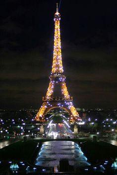 Paris de Noche.