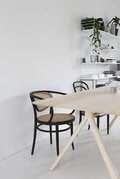 wooden table thonet | April and May