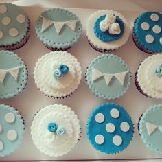 Vintage inspired cupcakes ♥