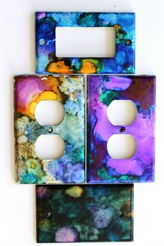 diy art How to use Alcohol Inks to decorate your home's switch plates and outlet covers. Learn how to paint your home's plate covers with vibrant alcohol inks. Alcohol Ink Crafts, Alcohol Ink Painting, Alcohol Ink Art, Diy Craft Projects, Diy Projects To Make And Sell, Craft Ideas, Diy Ideas, Teen Projects, House Projects