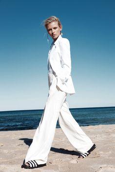 Anja, Konstantinova, Emily , abay, fashion, gone , rogue, fashion ,editorial, beach, ellery, oracle, fox, Stylist, Ivana, Martyn-Zyznikow