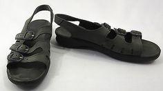 Clarks Springers 9 Sandals Blue Grey Nubuck Suede Buckle Slingbacks Shoe England