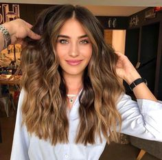 Luscious Balayage With Subtle Purple Tones - 20 Stunning Examples of Mushroom Brown Hair Color - The Trending Hairstyle Brown Hair Balayage, Brown Hair With Highlights, Brown Hair Colors, Caramel Balayage, Honey Balayage, Blonde Highlights, Ombre Hair, Fall Balayage, Honey Highlights