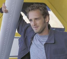 One of my favorite actors and favorite movies...Josh Lucas and Sweet Home Alabama...I could watch it a million times over!!!