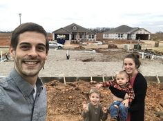 Exciting News!! - The Dillard Family Jill Duggar Baby, The Dillards, Bates Family, Duggar Family, 19 Kids, Cute Celebrities, Exciting News, Celebrity Couples, Couple Photos
