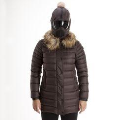 http://www.ai-storm.com/it/nuovi-arrivi/cappotto-donna-015wtcd4?options=15725