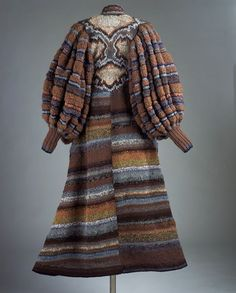 Hand-knitted coat by Kaffe Fassett, 1979 Knitwear Fashion, 70s Fashion, Vintage Fashion, Textiles, Textured Yarn, Knitted Coat, Coat Patterns, Knitting Patterns, Knit Dress