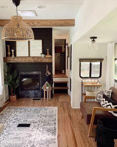 Sprinter Camper, Camper Renovation, Home Renovation, Living Room Renovation Ideas, Rv Interior Remodeling, Camper Remodeling, Remodeling Ideas, Rv Living, Tiny Living