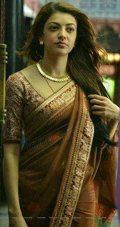 Saree: Kajal Aggarwal in Saree. South Indian Actress Photo, Indian Actress Photos, Indian Actresses, South Actress, Beautiful Girl Indian, Most Beautiful Indian Actress, Beautiful Saree, Men's Fashion, Fashion Week