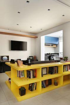 Apartamento de 66 m² traz dicas para ganhar espaço na reforma