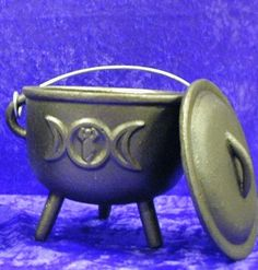 easy witchcraft supplies on a budget Wiccan, Magick, Witches Cauldron, Witchcraft Supplies, Paganism, Healing Crystals, Goddesses, Incense, Aromatherapy
