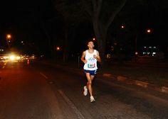 Correr a la medianoche: consejos para corredores nocturnos
