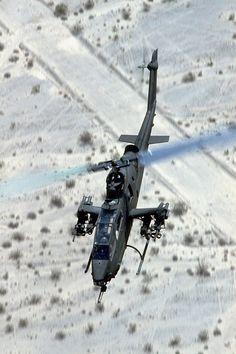 Bell AH-1 Cobra                                                                                                                                                                                 Más
