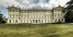 La facciata della Galleria d'Arte Moderna di Milano - GAM Milano - già Villa Reale.