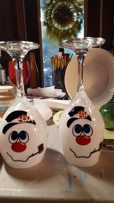 Christmas Tree Ideas – Snowman Wine Glass Candle Holders - Best Do It Yourself (DIY) Ideas 2019 Wine Glass Candle Holder, Diy Candle Holders, Diy Candles, Glass Holders, Dollar Store Christmas, Christmas Crafts, Christmas Decorations, Snowman Crafts, Christmas Tree
