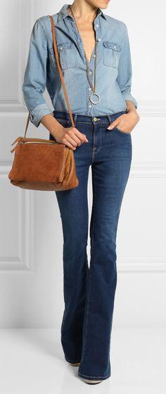 all jeans: producão linda com calça flare e camisa jeans