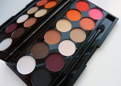 Sleek MakeUP have teamed up for a second time with quirky London fashion label PPQ to create two eyeshadow palettes. Eyeshadow Pallettes, Sleek Palette, Beauty Makeup, Hair Beauty, Far, Matte Lip Gloss, Sleek Makeup, Makeup Obsession, Shangri La