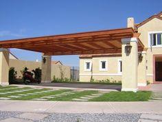 PERGOLAS Y QUINCHOS Backyard Kitchen, Backyard Patio, Garage Roof, Carport Designs, Casa Patio, Home Upgrades, Outdoor Living Areas, Home Decor Furniture, Patio Design