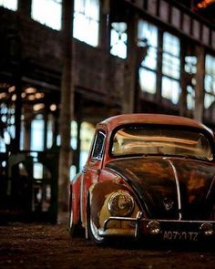 #ostresfusqueteiros #volkswagen #fusca #beetle #kafer #vwkafer #bug #vw #carrosantigos #carrosclássicos #volkslovers #oldvolks #oldcar #oldvolkswagen #vwlife #vwgirl #vwlove #vocho #carocha #cocinelle #vwclassic #vintagecar