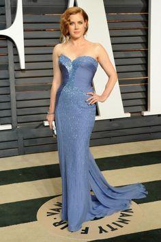 Amy Adams wears a custom blue strapless Atelier Versace gown