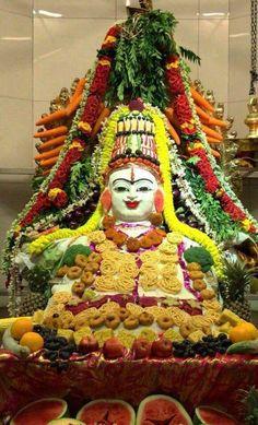 Jai Mata Ki, Shiva Shankar, Goddess Lakshmi, God Pictures, Rangoli Designs, Art Of Living, Deities, Worship, Gingerbread