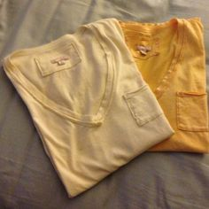 Short sleeved t-shirt 2 short sleeve t-shirt. Super soft and comfy. Both XS 1 yellow (possibly gold) , 1 cream GAP Tops Tees - Short Sleeve