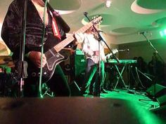 Led Zeppelin superstar Robert Plant makes surprise appearance at Deborah Bonham's Hereford gig - Herefordshire Live