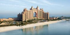 The spectacular setting of Atlantis The Palm, Dubai
