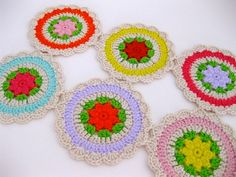 Lovely Crochet Motif....free pattern...Thank you for sharing Sarah :)