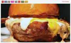 O 'Merica Burger, sanduíche com hambúrguer de bacon moído e mais fatias de bacon frito (Foto: Reprodução)
