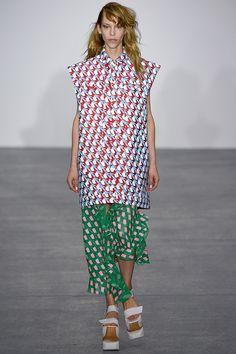 Fyodor Golan - Spring/Summer 2016 Ready-To-Wear - LFW (Vogue.co.uk)