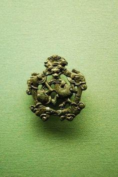 The Vikings of Bjornstad - Viking Museum Haithabu. Gripping Beast Amulet