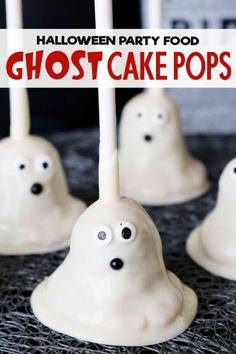 The easiest, cutest Halloween Cake Pops ever! Three spooky and fun decorating ideas, plus all the tips and tricks you need for foolproof cake pops! The best Halloween party food ever! Kid-friendly and perfect for a class party! Halloween Cake Pops, Halloween Desserts, Halloween Fingerfood, Spooky Halloween Cakes, Halloween Food For Party, Halloween Birthday, Halloween Kitchen, Halloween Foods, Spooky Treats